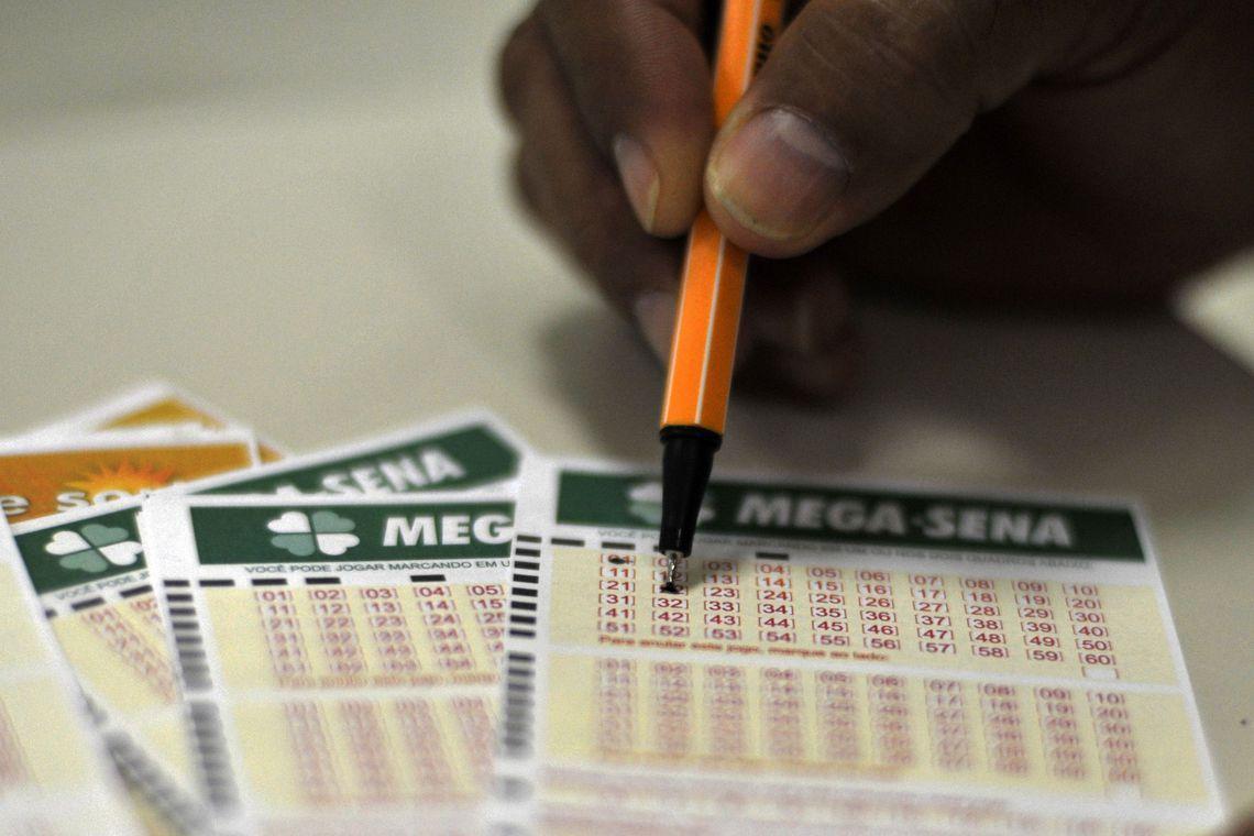 Mega-Sena, concurso 2.304: ninguém acerta as seis dezenas e prêmio acumula em R$ 90 milhões