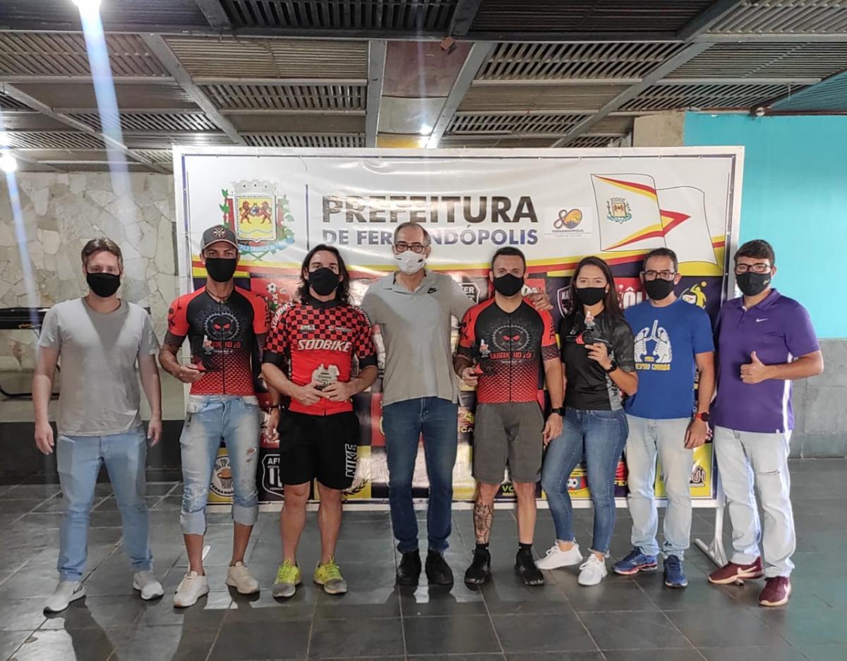 Ciclistas de Fernandópolis se destacam no 1º Índia Festival MTB