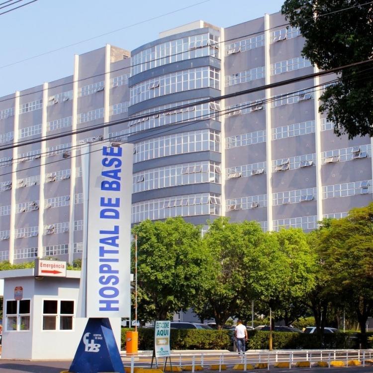 Hospital de Base está com 99% de ocupação de leitos de UTI Covid