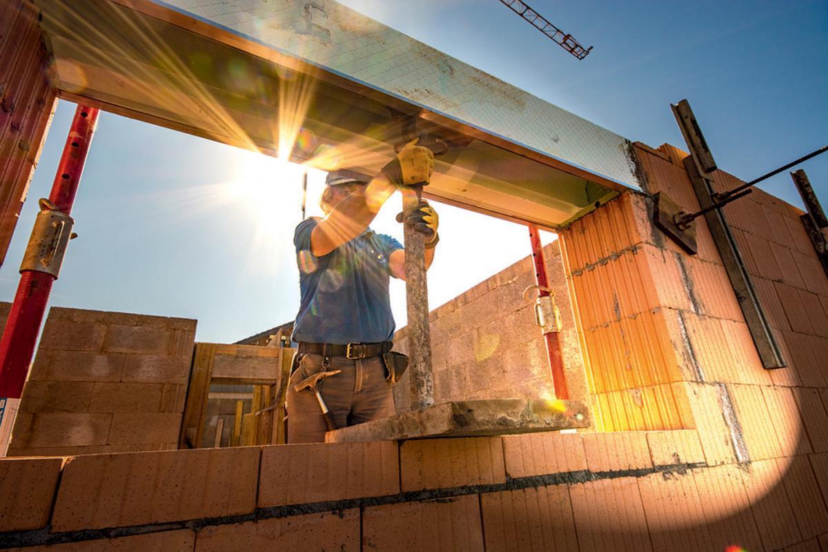 Lançamento de imóveis cresce 85% em outubro no País e verticalização acelera no interior