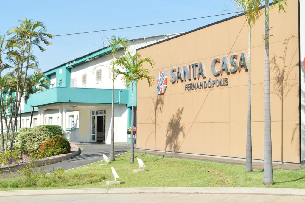 Santa Casa Fernandópolis realizou mais de 200 atendimentos por dia em 2020