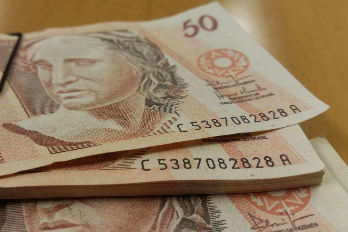 Brasileiros querem guardar dinheiro em 2020