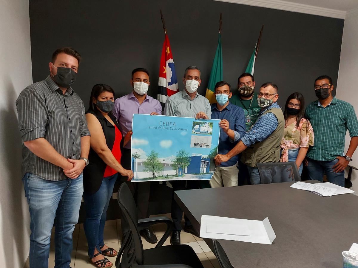 Deputado Alexandre Pereira conhece projeto do Centro de Bem-Estar Animal