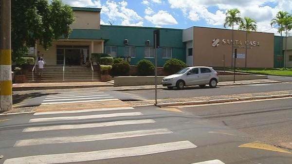 Prefeitura destina R$ 300 mil para abrir leitos na Santa Casa
