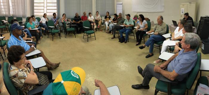Conselhos Locais e Municipal de Saúde discutem melhorias para o setor
