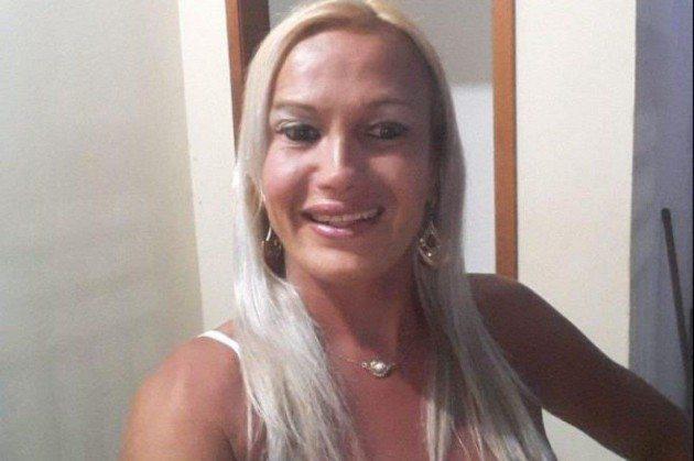 Mulher trans é encontrada morta dentro de córrego
